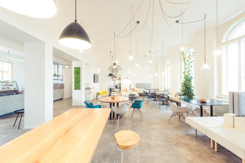 Návrh firemního interiéru, design kanceláře, firemní identita, kuchyňka, bistro