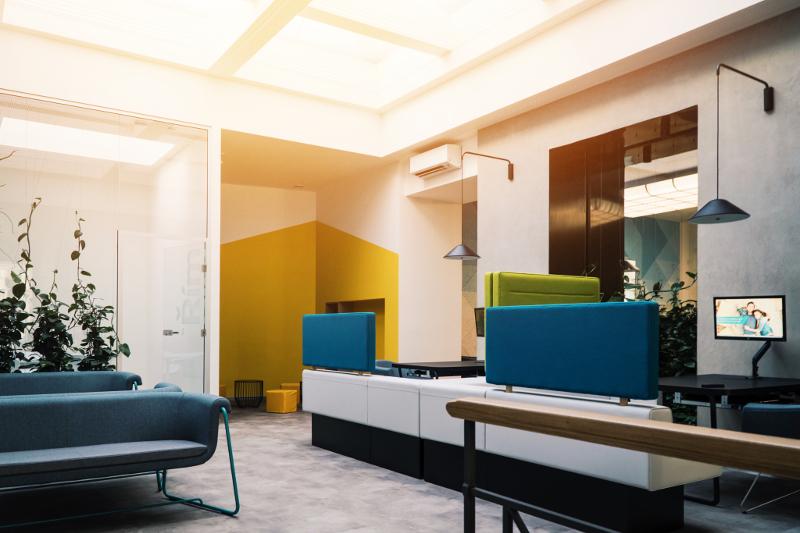 Návrh firemního interiéru, design pobočky, firemní identita, hypocentrum, zeleň